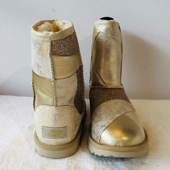 15b13b4dbf9 UGG Australia**Gold Kids Boots**US 8/ US 5**$150 NWT